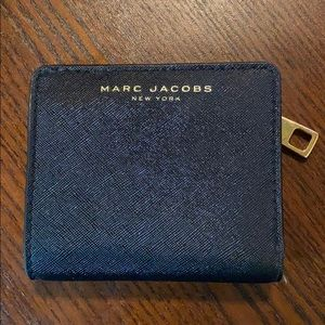 Marc Jacobs Saffiano Bi-fold Wallet